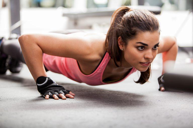Para pesos pesados son ideales, aunque resultan incómodas de poner y quitar en cada ejercicio.