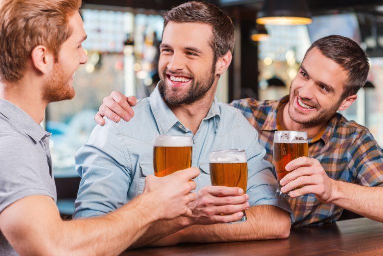 Aunque el alcohol actúa en todo el organismo, sus efectos son más visibles en el cerebro.
