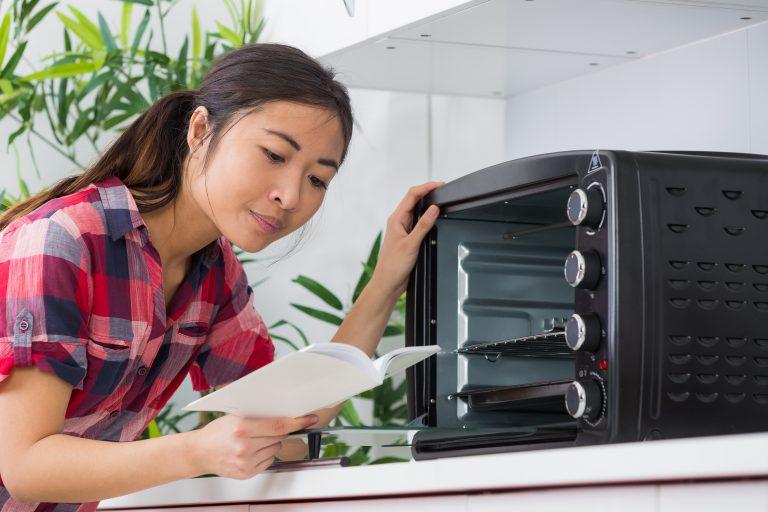 Unboxing mini oven