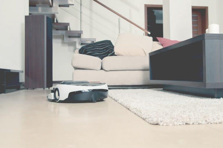 el nivel de ruido de los robots aspiradores sin bolsas está entre 60 y 90 decibelios.