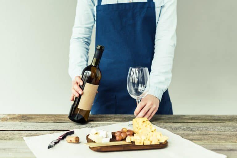 Para los amantes del vino, nada puede igualar el placer de descorchar una buena botella.