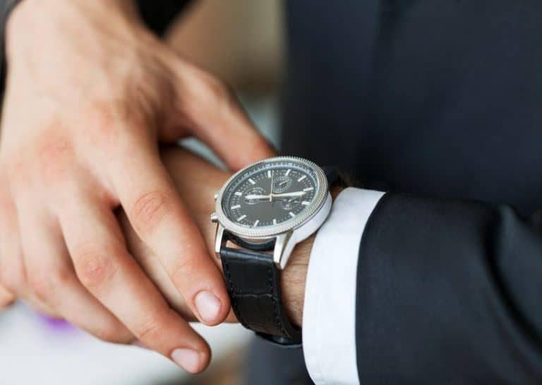 Technologiebedrijven hebben zelfs smart watches ontwikkeld die de connectie met de telefoon maken.
