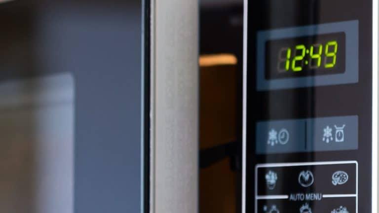 De magnetron is in veel keukens een van de belangrijkste apparaten.