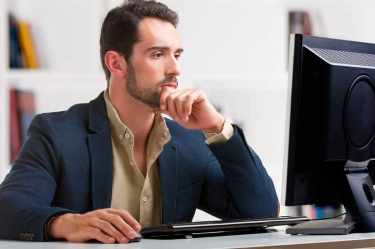 Businessman working with a pc