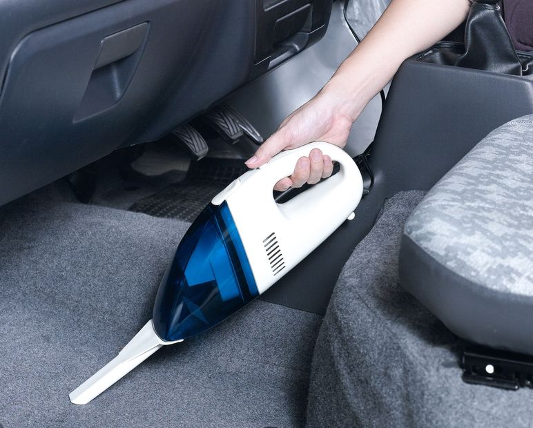small vacuum cleaner can help you clean a small place like a car