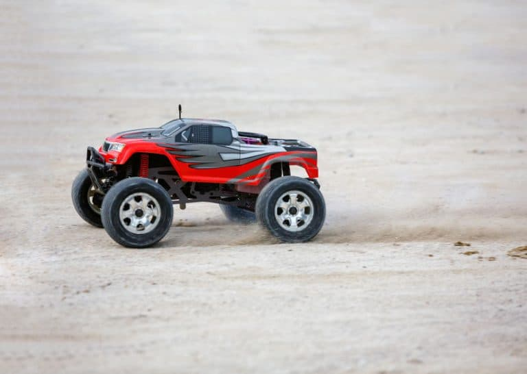 fast RC car on the dust