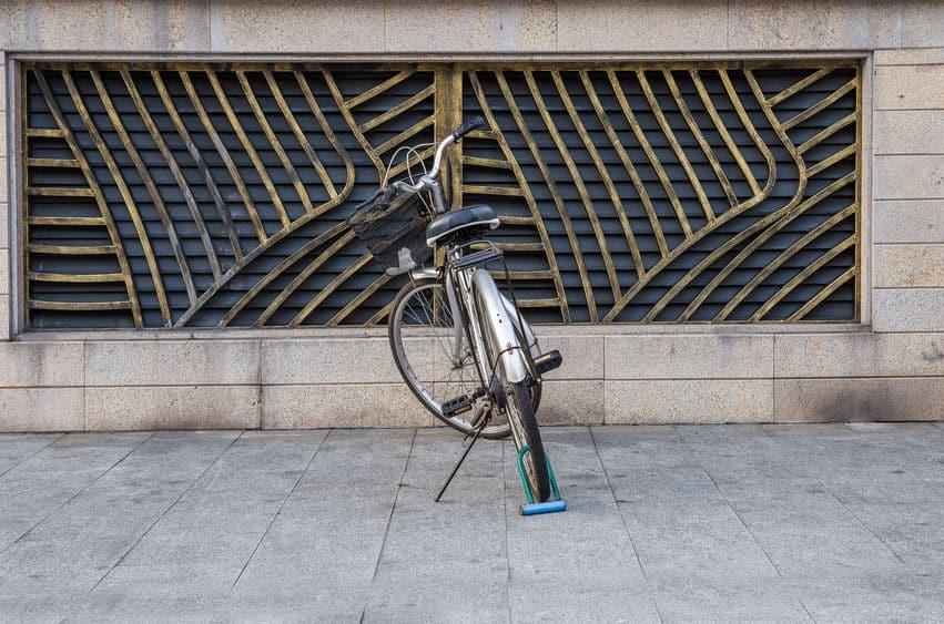 Vergrendel de fietswielen