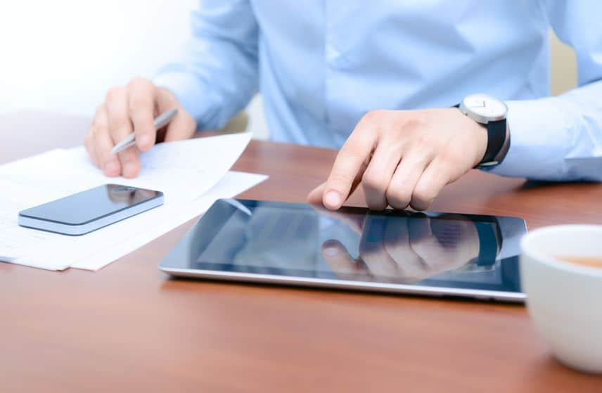 businessman using new technologies for success workflow