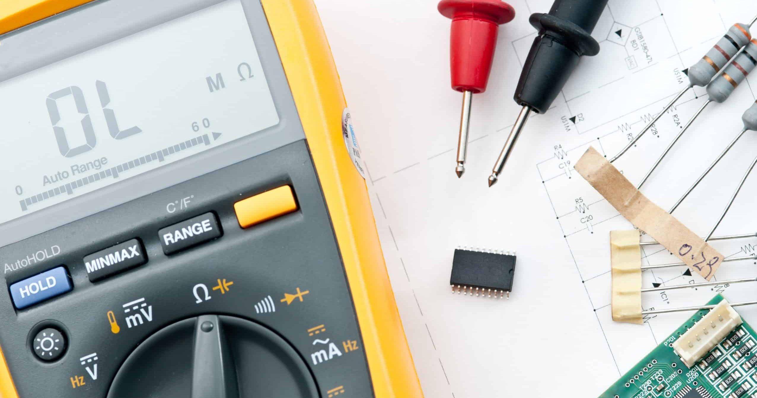 multimeter en ander elektriciengereedschap