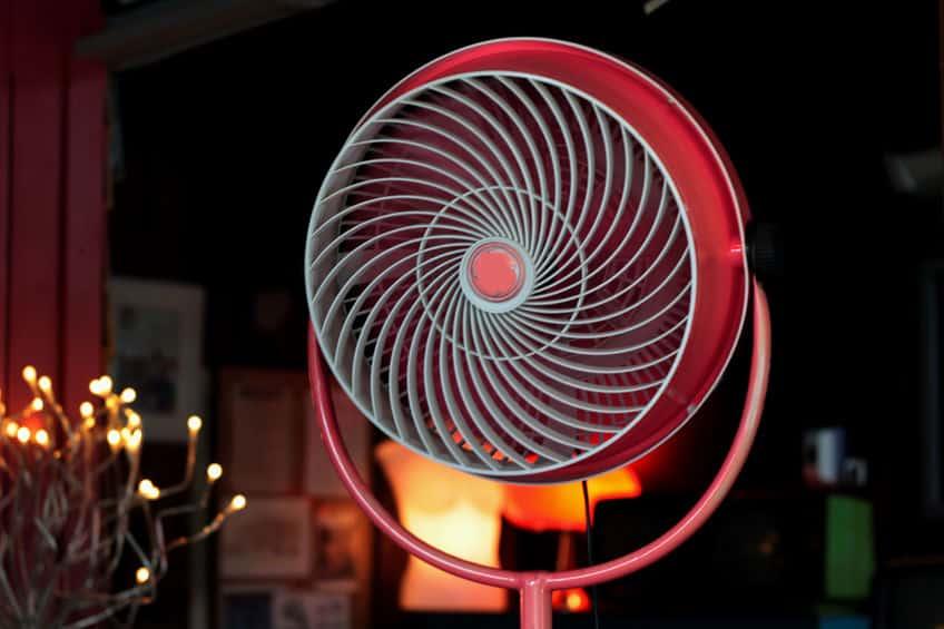 moderne rode ventilator