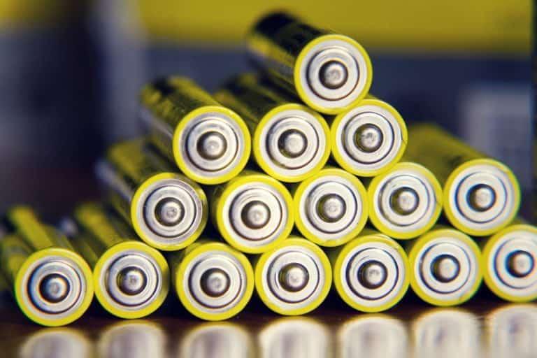 gestapelde oplaadbare batterijen