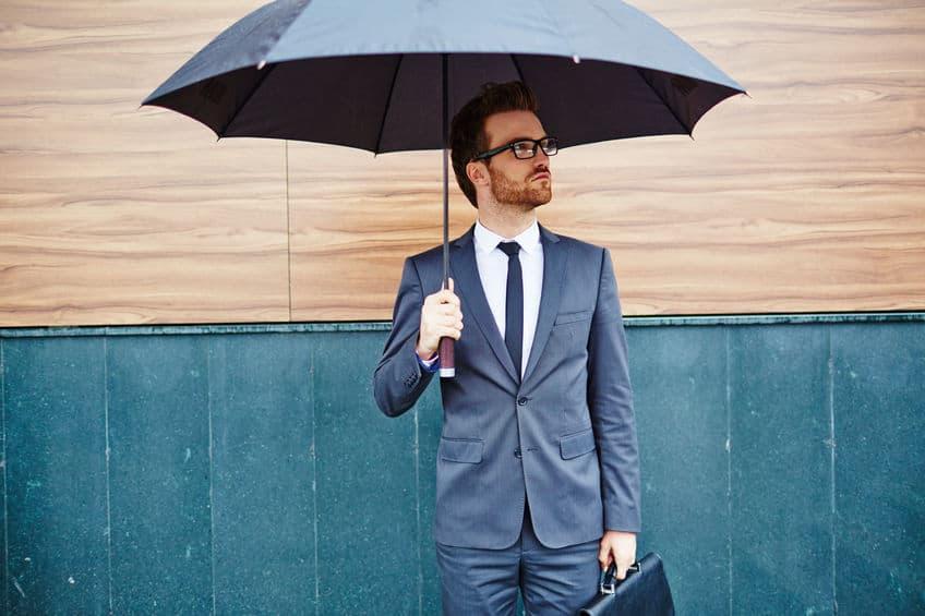 uitvoerende macht met paraplu