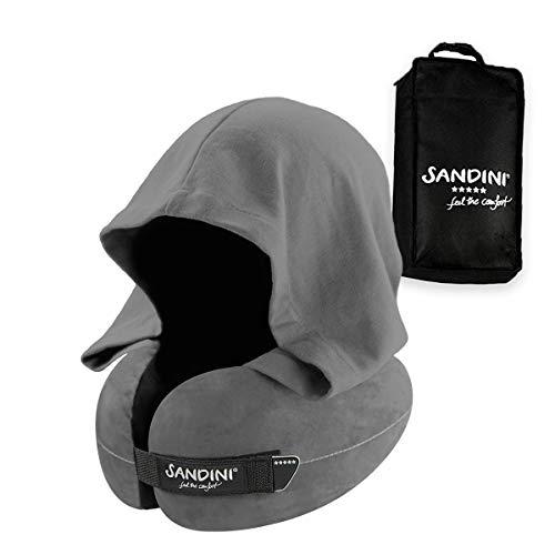 SANDINI TravelFix HOODIE Regular Size - Premium reiskussen met sluiting/nekkussen met ergonomische ondersteuningsfunctie en geïntegreerde kap - Gratis transporttas met bevestigingsclip