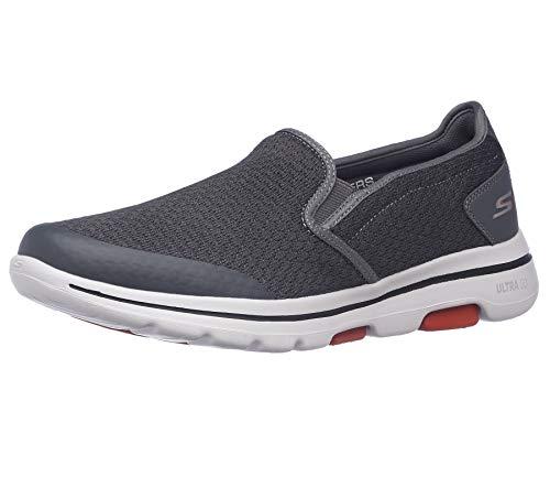 Skechers Go Walk 5 Slip On Sneakers voor heren, Grijs Houtskool Textiel Synthetische Wit Trim Kolen, 39 EU